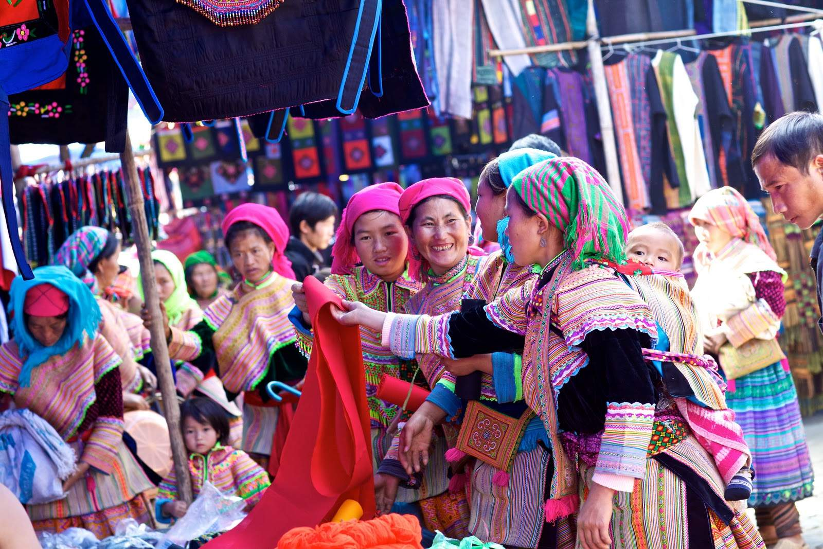 bac ha market - Top 10+ Unique & Amazing Things To Do in Sapa, Vietnam - Updated 2021
