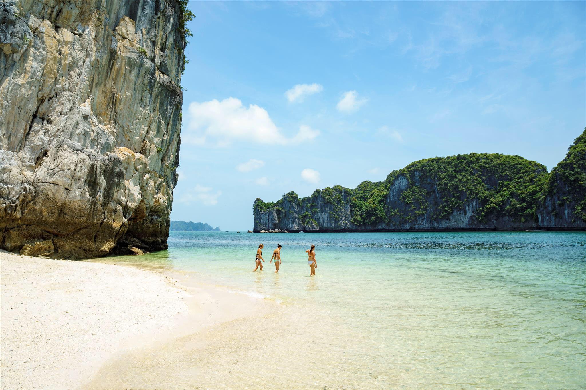 Best vietnam beaches - Halong Bay