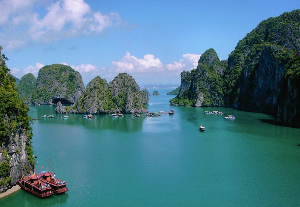 cong do island e1543552227485 - Top 10+ Unique & Amazing Things to do in Halong Bay, Vietnam (2020)