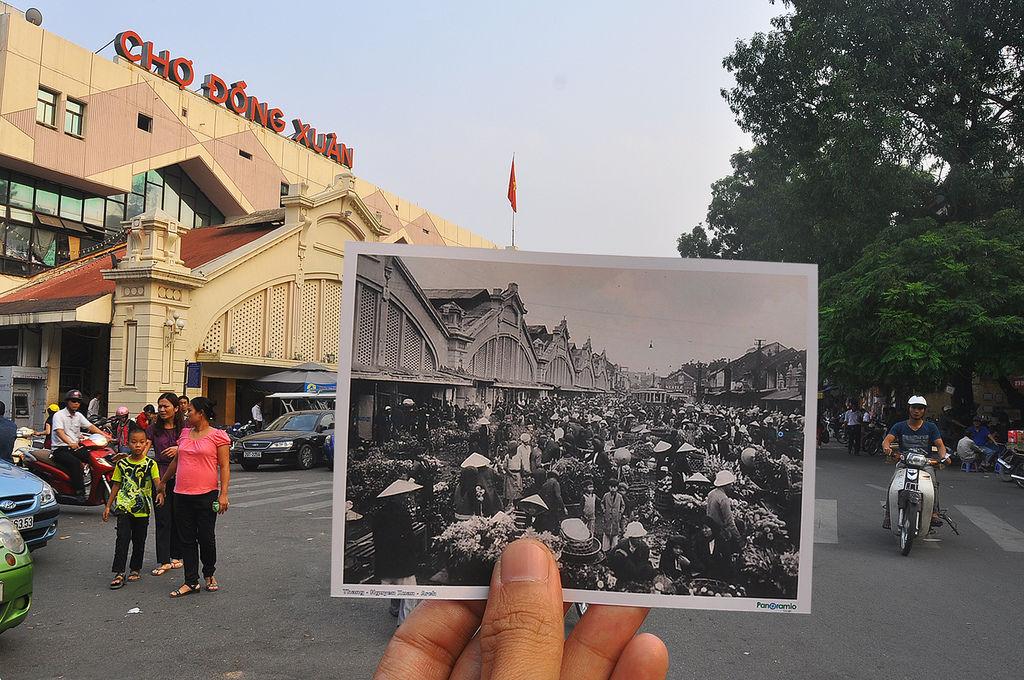 Dong Xuan Market in Hanoi Old Quarter