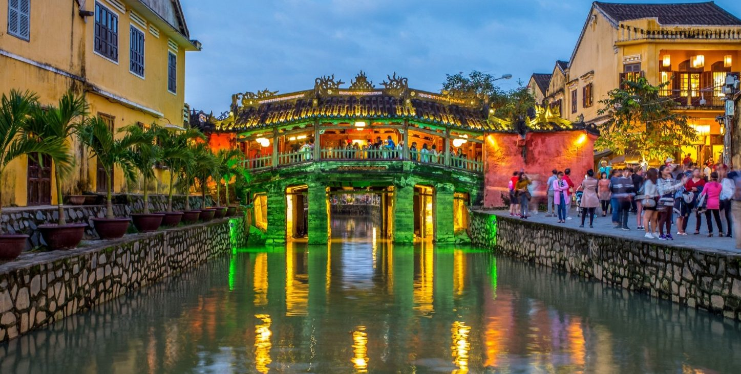 hoi an richie chan e1541645790639 - 10 Best things to do in Vietnam for first-time visitors (2020)
