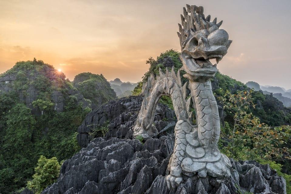 Ninh Binh Vietnam - Hang Mua - Dragon Lying