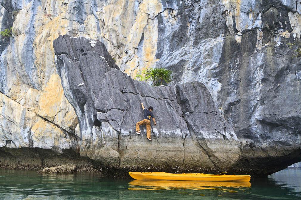 Rock climbing in Cat Ba Island