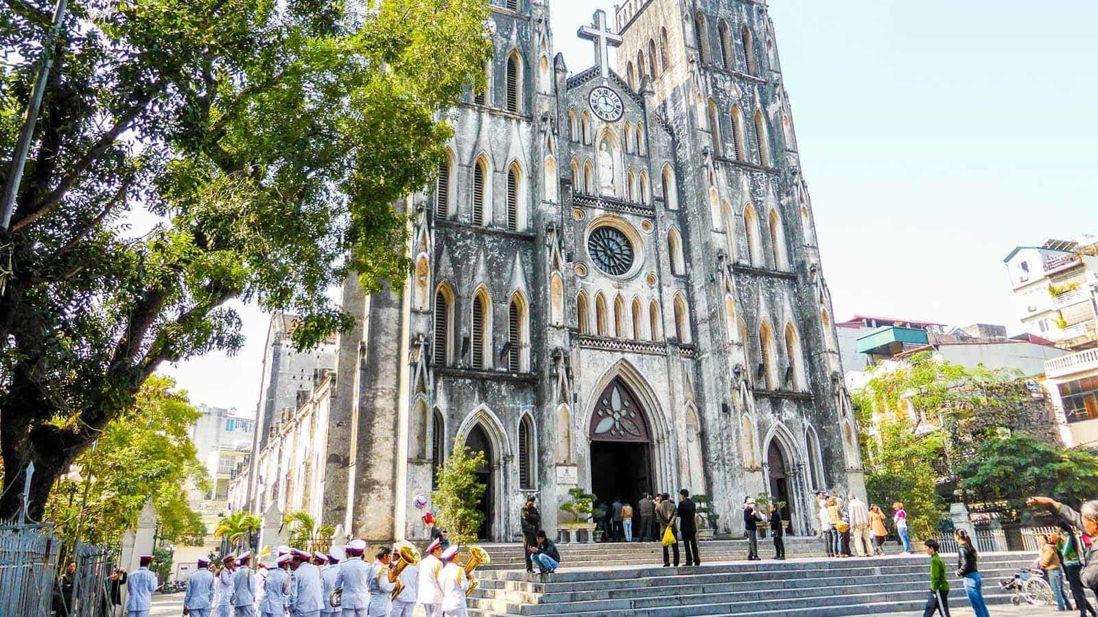 st joseph cathedral hanoi - 10+  Unique & Amazing Things To Do In Hanoi, Vietnam (2020)