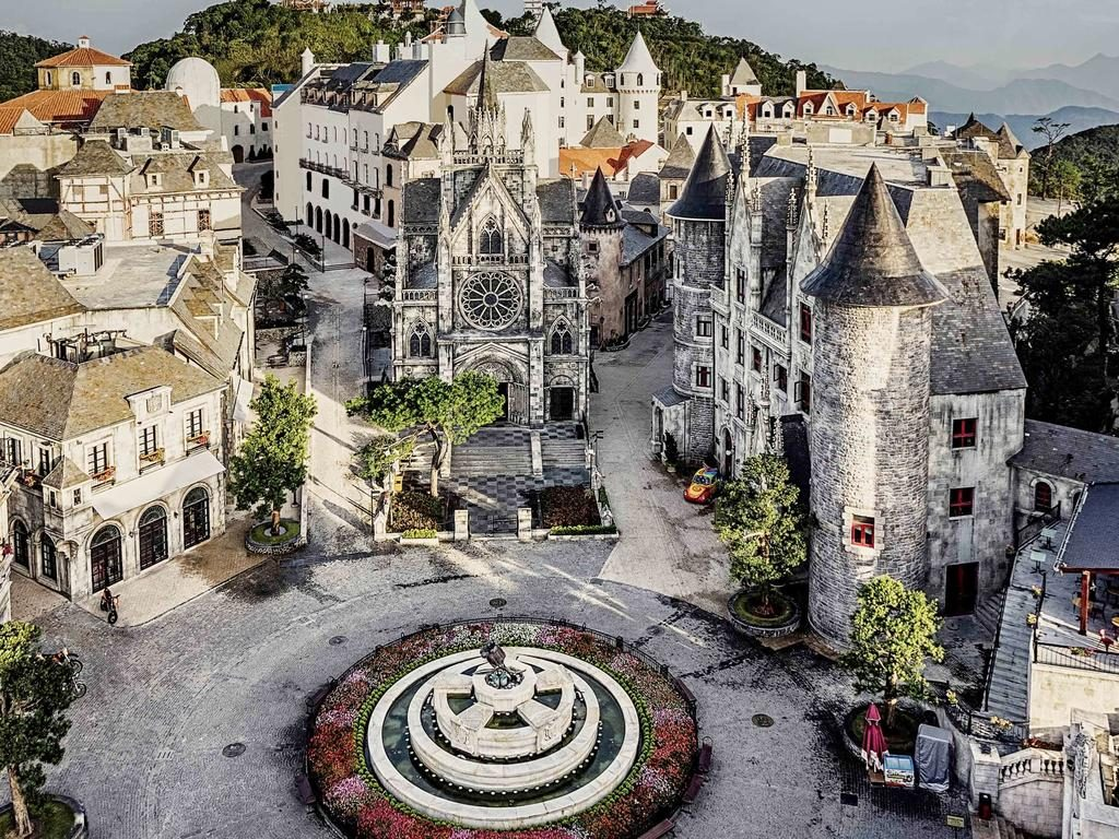 ba na hills french village 1024x768 - 10+ Unique & Amazing Things To Do In Da Nang, Vietnam 2021