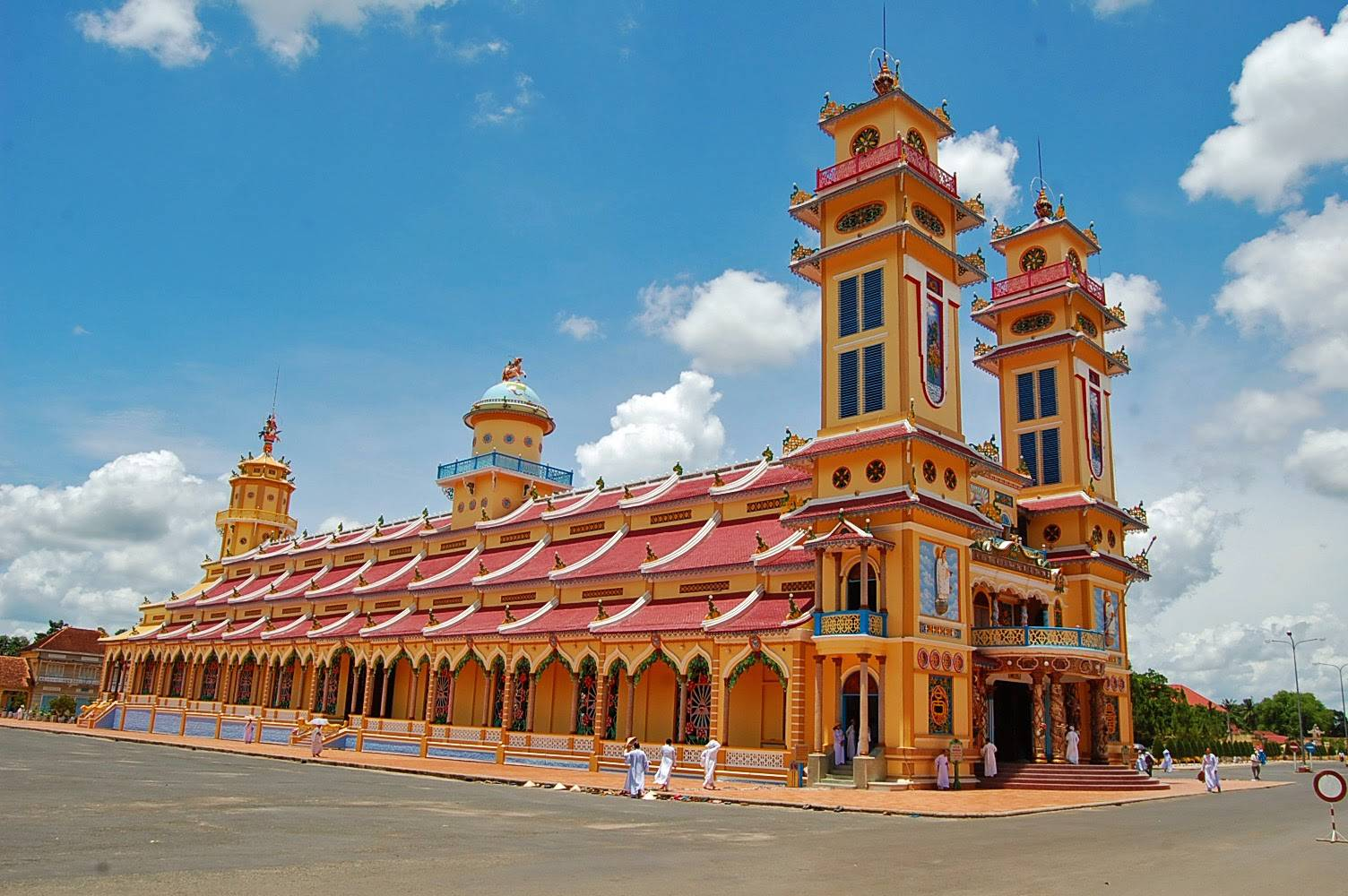 cao dai temple - THE TOP 5 Ho Chi Minh City Shore Excursions