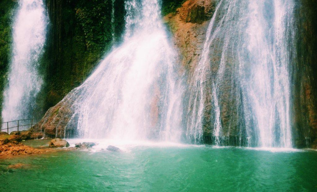 moc chau vietnam dai yem waterfall