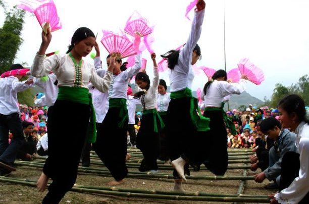 mai chau xen muong festival